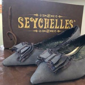 Slate blue Seychelles kitten heels
